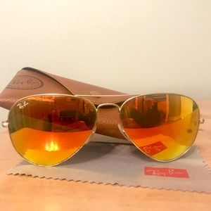 Red polarized Ray Bans